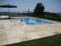 Quarzit gelb Schwimmbecken mit Ausblick